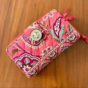 Vera Bradley zip around latch wallet